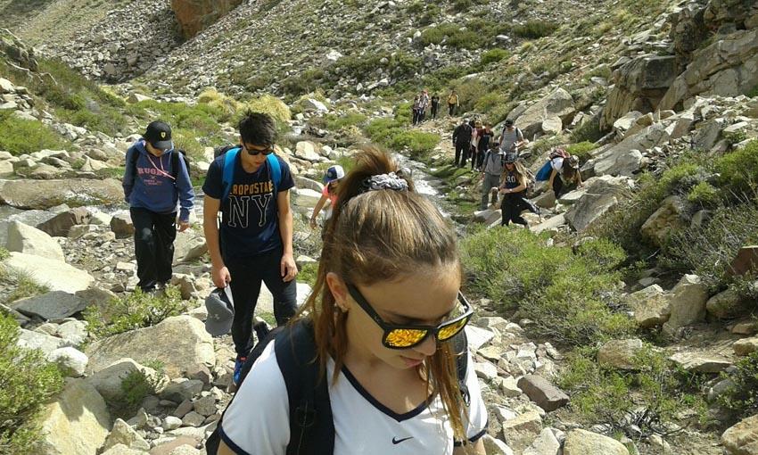 trekking rocks