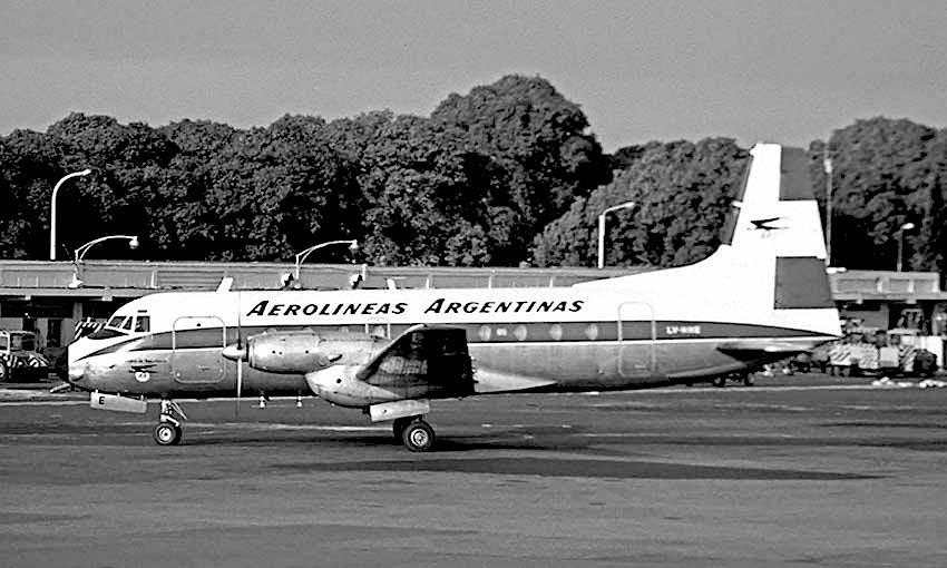 Avión primer gira